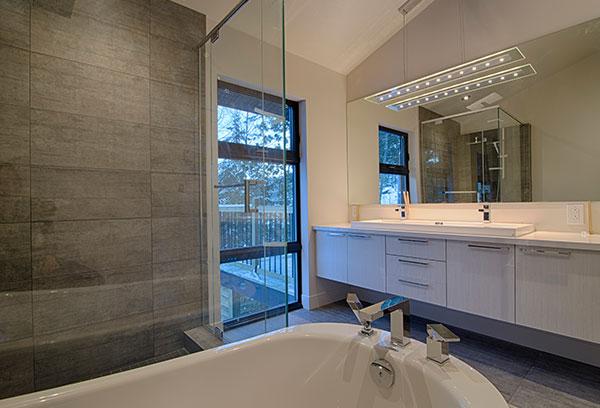 Armoires et tiroirs en mélamine pour la cuisine ou la salle de bain   Cuisine Beaujoly   Designer-cuisiniste