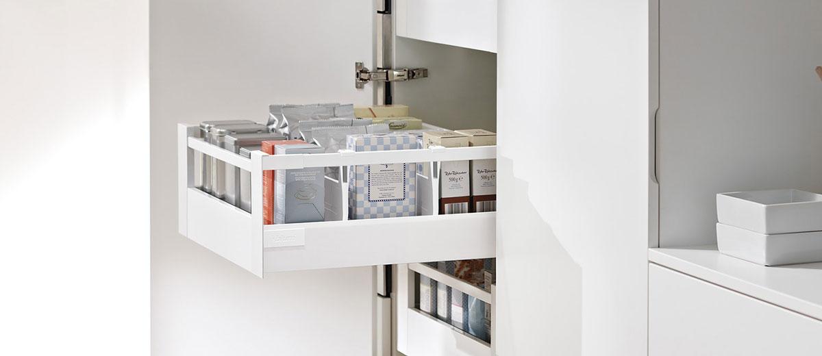 système de tiroir coulissant | Cuisine Beaujoly | Designer cuisiniste à Sainte-Thérèse
